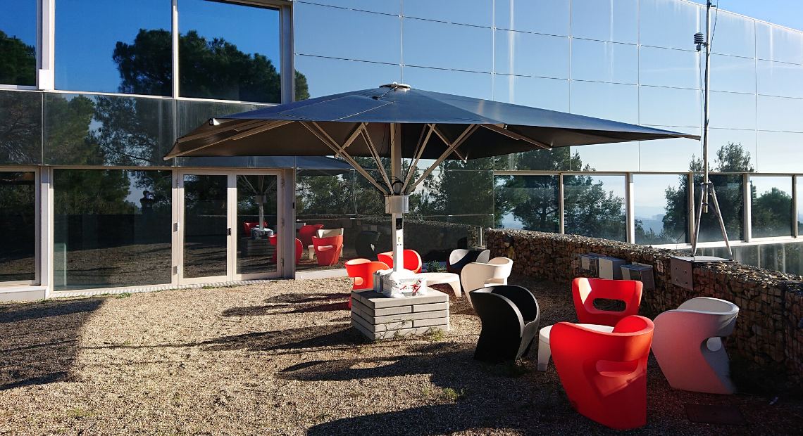 A photovoltaic fabric for umbrellas and awnings